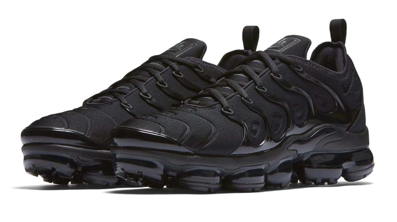 628a7f79325d6 Nike VaporMax Plus  Triple Black  924453-004 Release Date