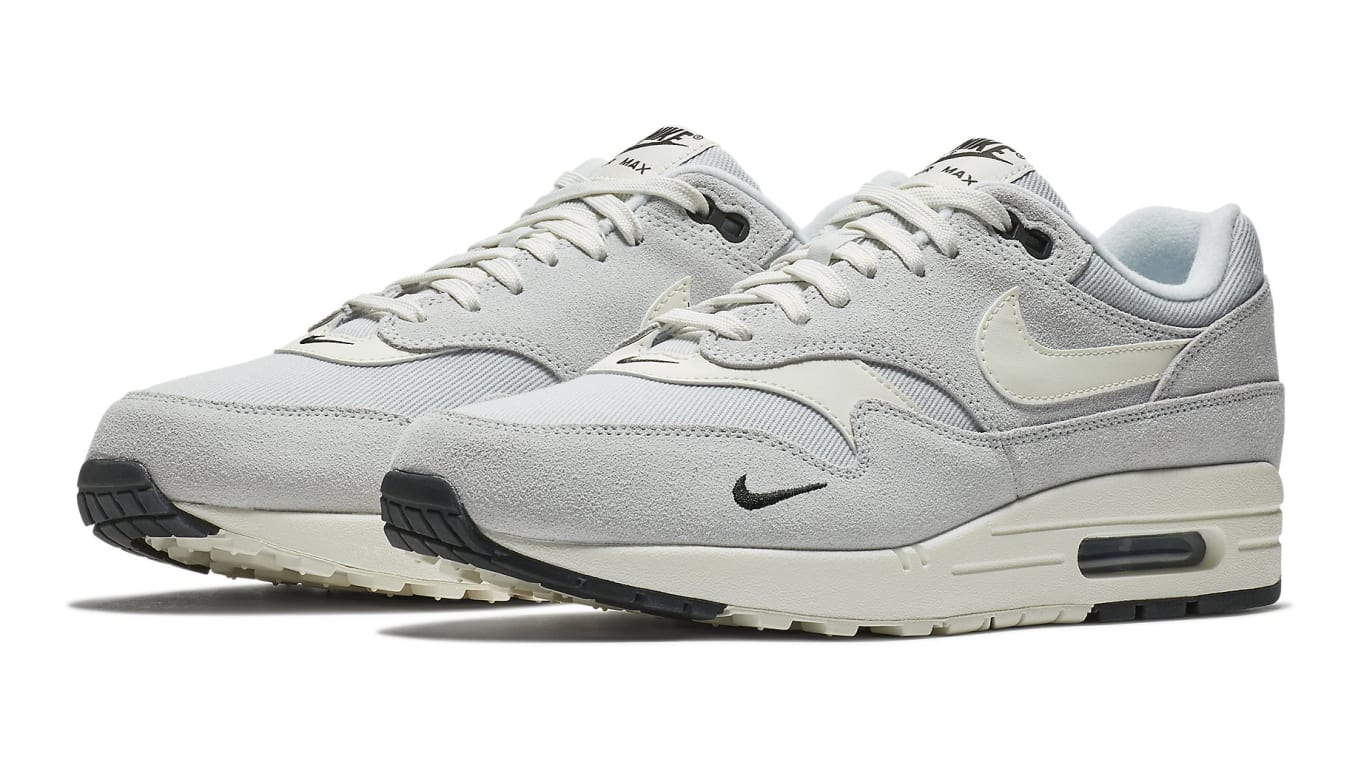nike air max 1 platinum
