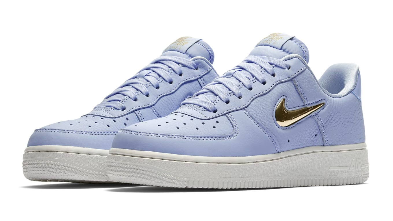 san francisco d6443 432e9 Jewel-Swoosh Nike Air Force 1 Makes A Return. Available now exclusively for  the ladies.