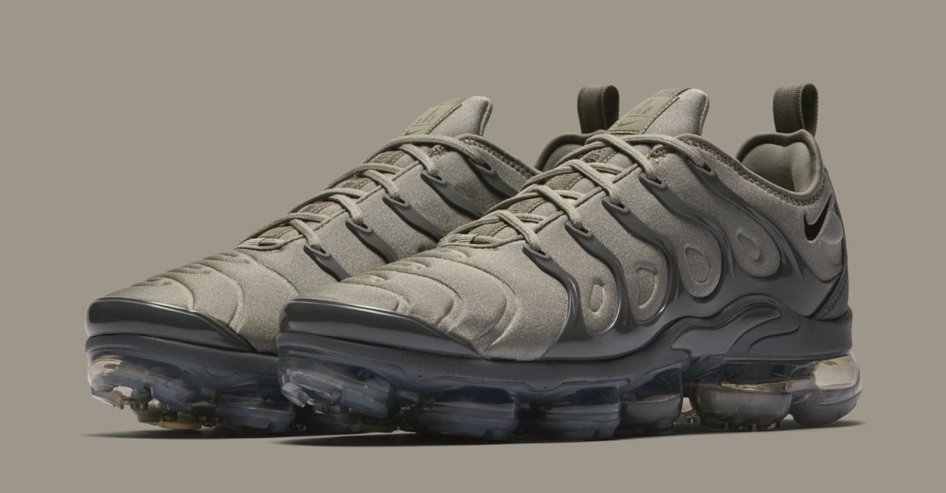afd1ba58fe143 Nike VaporMax Plus  Dark Stucco  AT5681-001  String  AT5681-200 ...