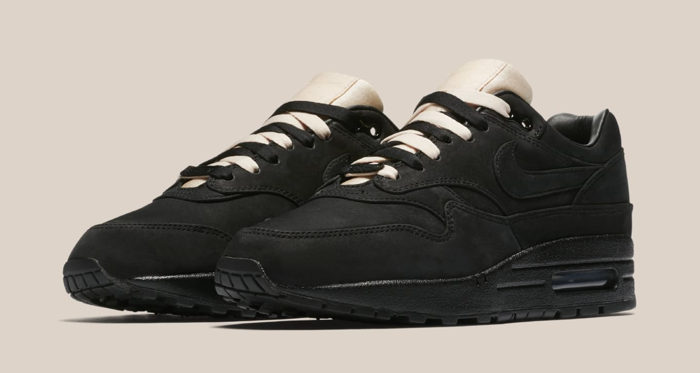 premium selection 1d3f3 24515 Maria Sharapova Has Her Own Air Max 1. Just in time for the 2018 French  Open.