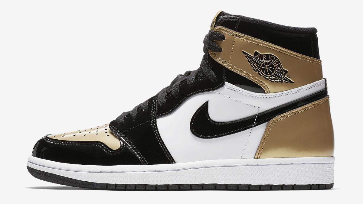 7a71816f0f86 Champs Sports Times Square Air Jordan Sneaker Restocks