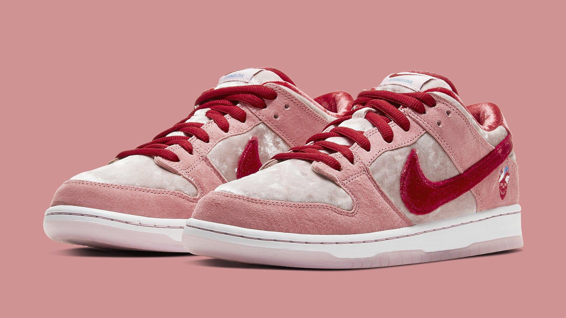 StrangeLove Nike SB Dunk Low Valentine's Day CT2552-800 ...