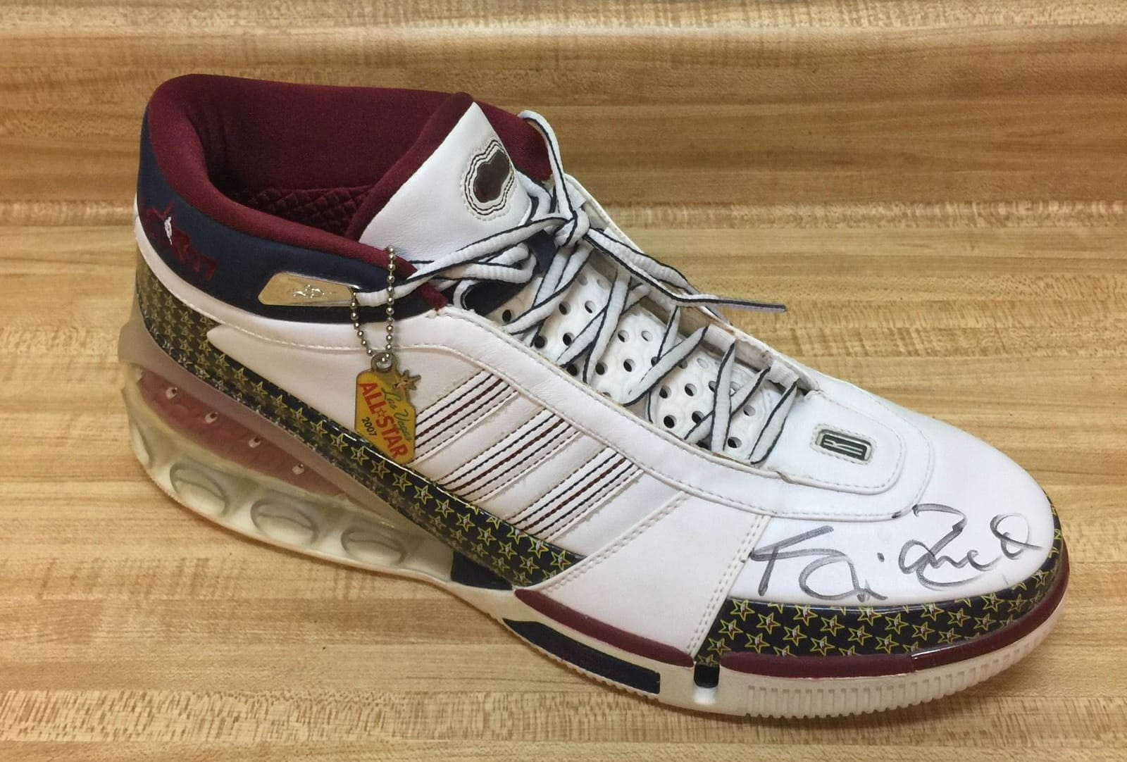 new product d9e96 51104 the upcoming adidas kg4 pictures