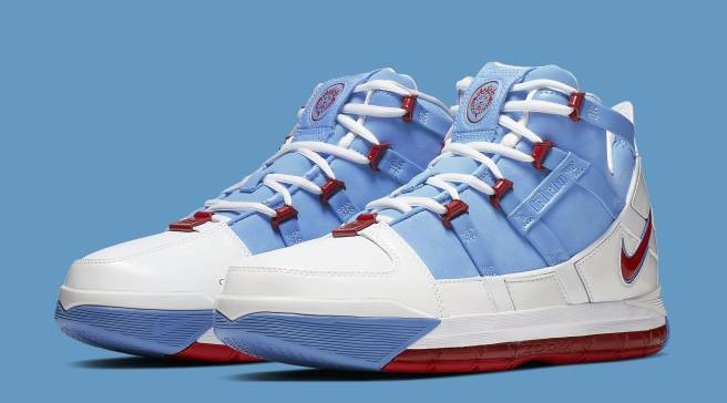 e0f7535e92f An Official Look at the 'Houston Oilers' Nike Zoom LeBron 3