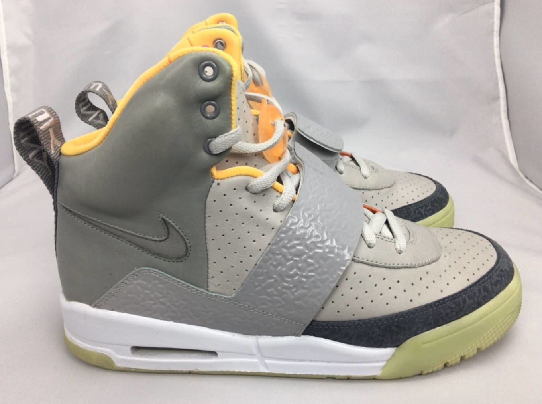 watch 0d61e 47eaa Nike Air Yeezy 1  Zen Grey