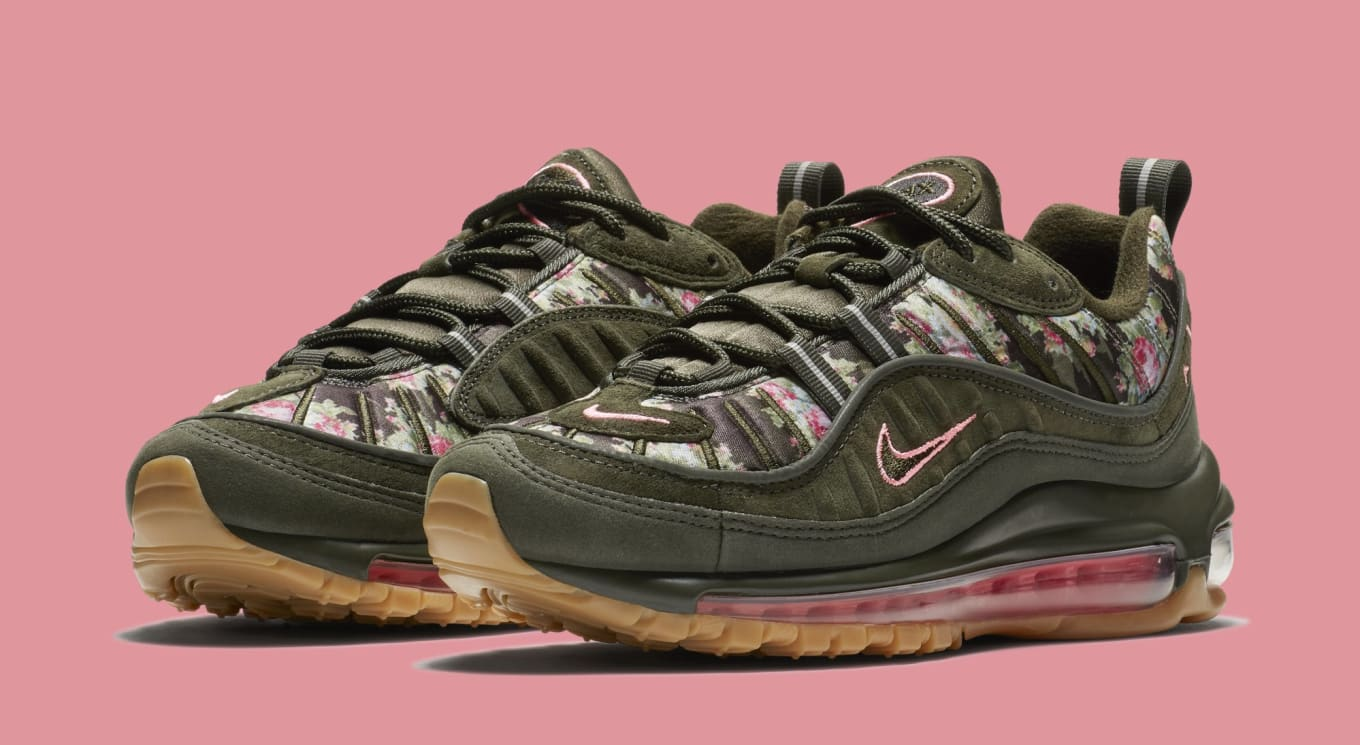 6c4ad9c4b0 Floral Camo Covers These New Air Maxes. Three pairs for the ladies from Nike .