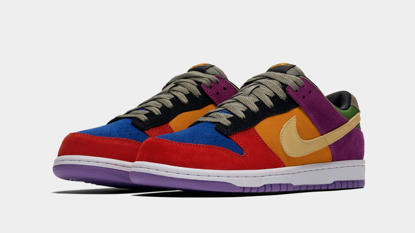 stores sell nike dunks