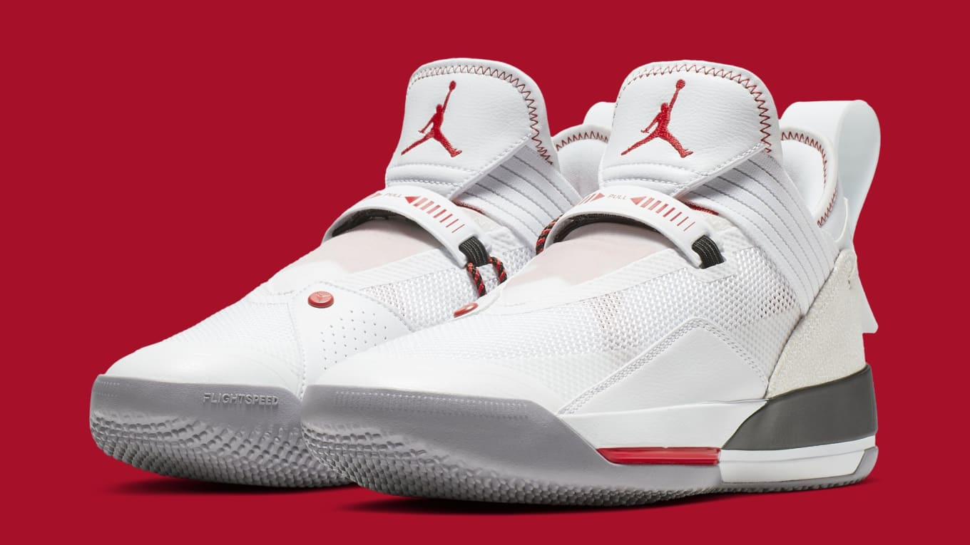 new product f191d 9a13b Detailed Look at the Air Jordan 33 Low SE
