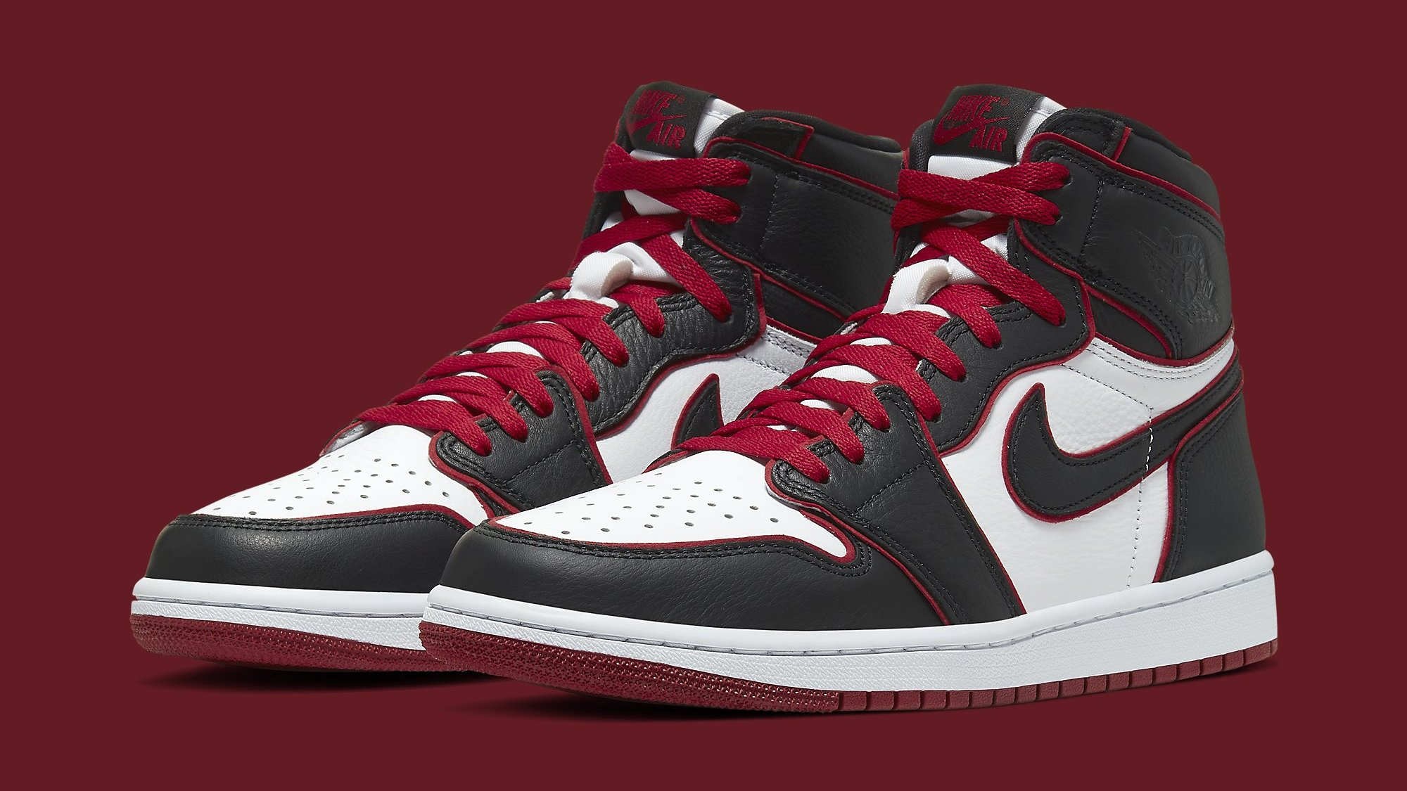 Air Jordan 1 Retro High OG 555088 062 'Bloodline' Release
