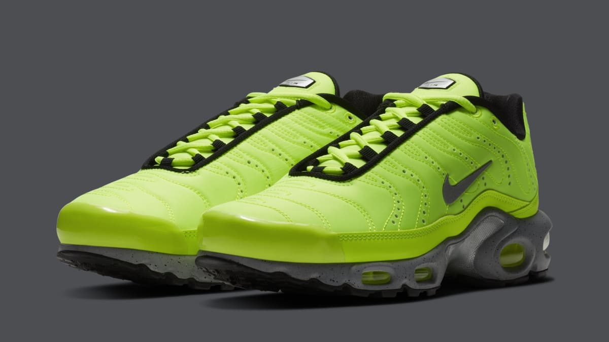 88d851f42386 Nike Air Max Plus  Full Volt  815994-700 Release Date - Premier Kicks