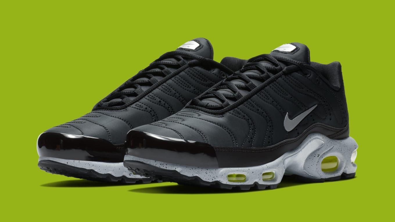 4add223bd492 Nike Air Max Plus PRM  Black Matte Silver Volt  815994-003 Release ...