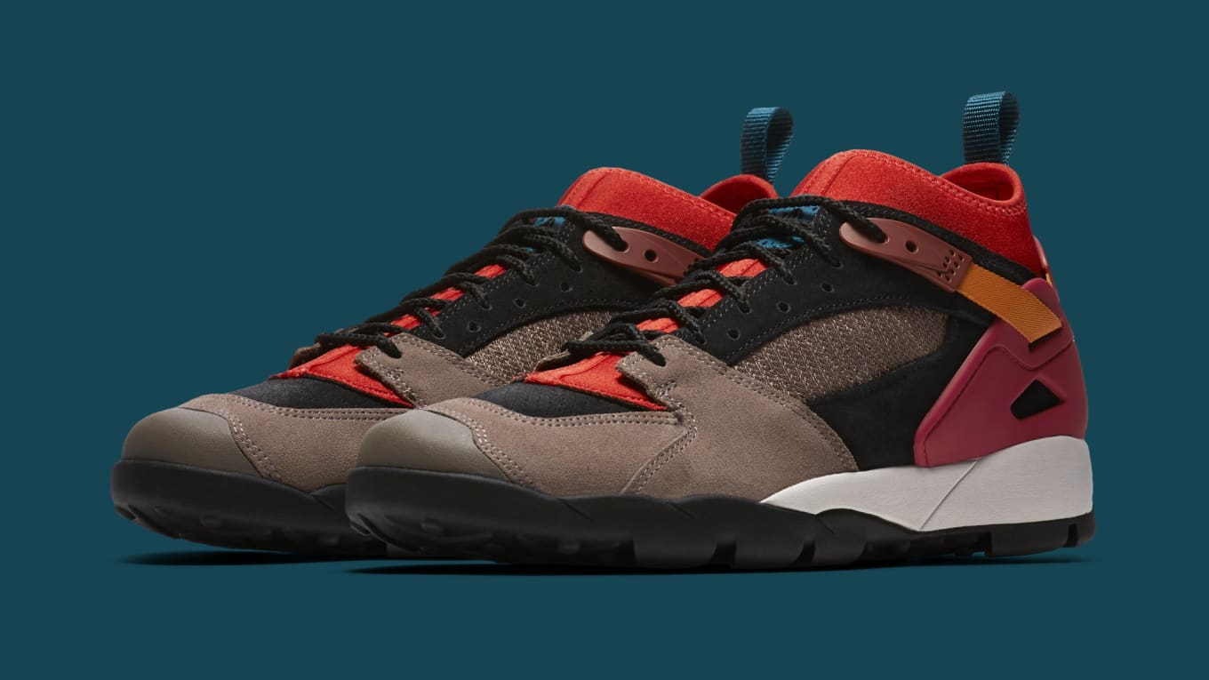 Nike Air Revaderchi Returns for  Gym Red  Colorway  8089c2a57