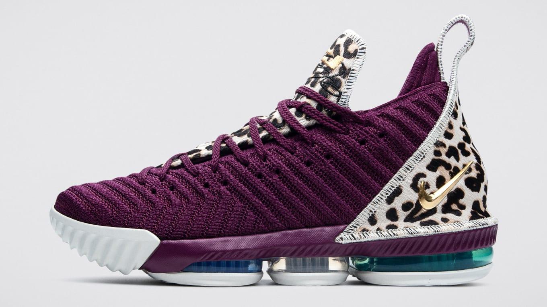 the latest cc22b 1208e Diana Taurasi Nike LeBron 16 PE | Sole Collector