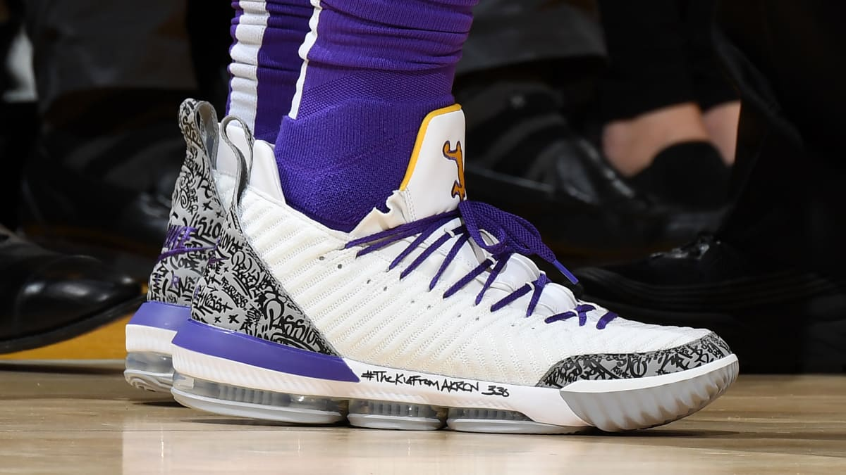 9a63ed51292  SoleWatch  LeBron James Makes History in Air Jordan 3-Inspired LeBron 16s