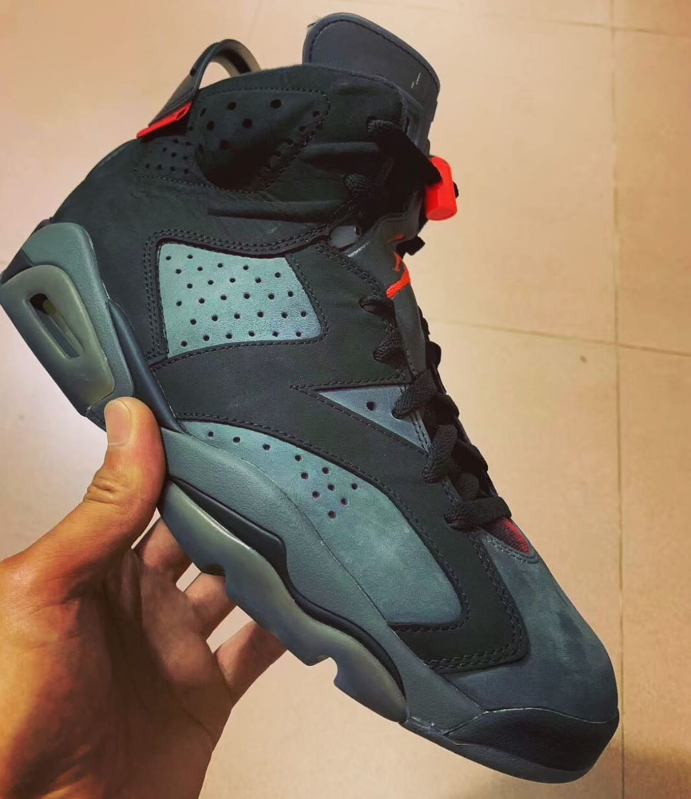 outlet store f3a9d bf942 First Look at the  PSG  Air Jordan 6