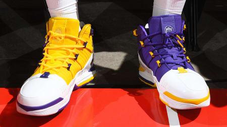 sneakers for cheap eb923 bd4c3 LeBron James Debuts  Lakers  Nike Zoom LeBron 3