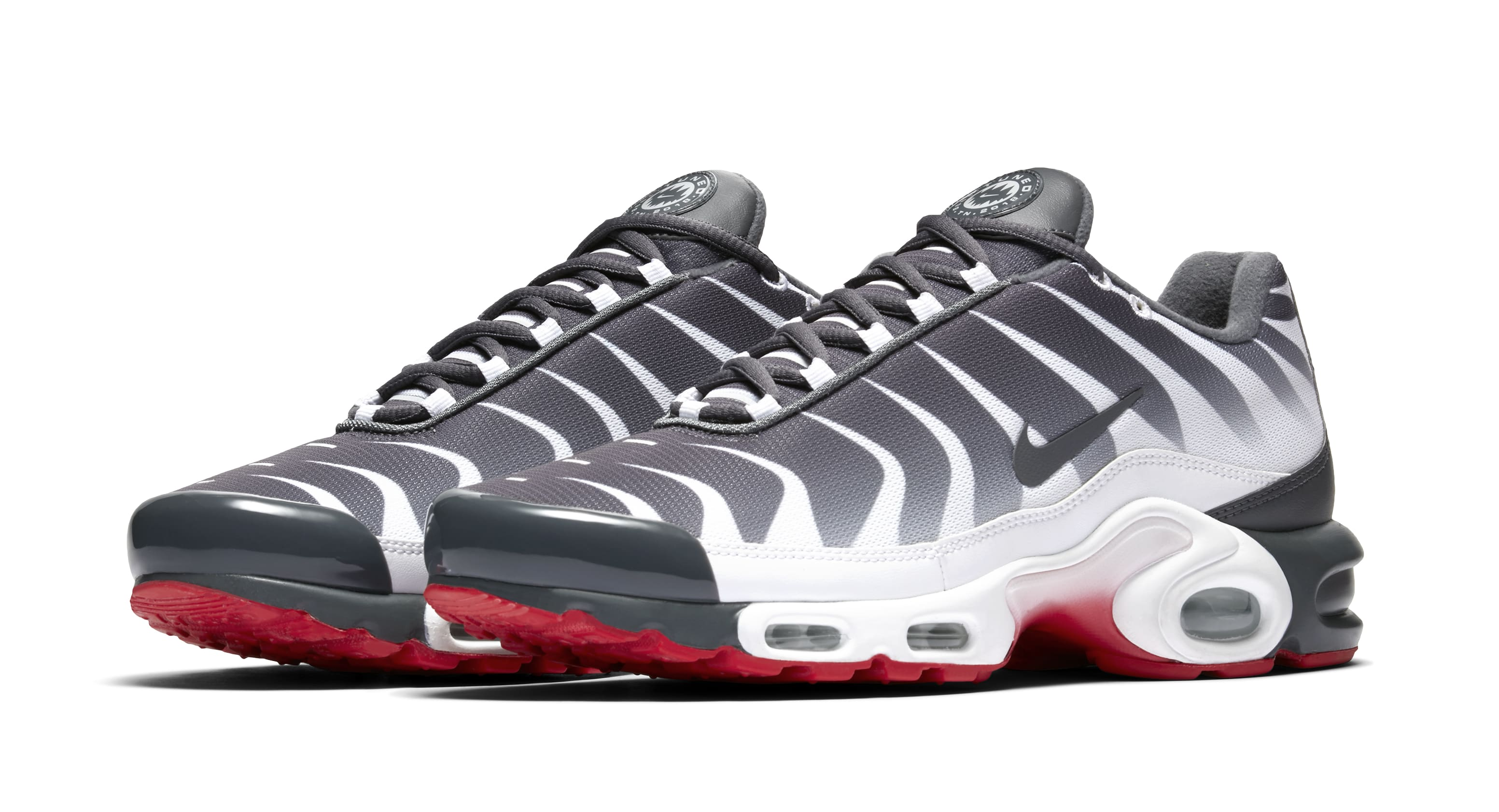 nike air max plus red and white blood