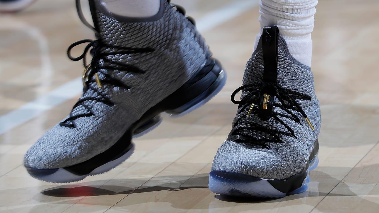 Nike LeBron 15 Lebron James  PE Modifications  0a2dcf2e4