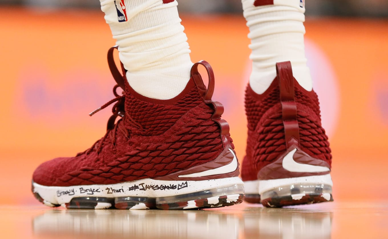 official photos dd93a 6fc34 LeBron Reaches 30k in LeBron 15 PE   Sole Collector