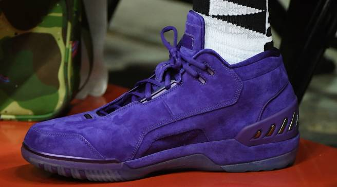3962689100e7 LeBron James Goes Public as a Laker in Purple Nike Air Zoom Generations