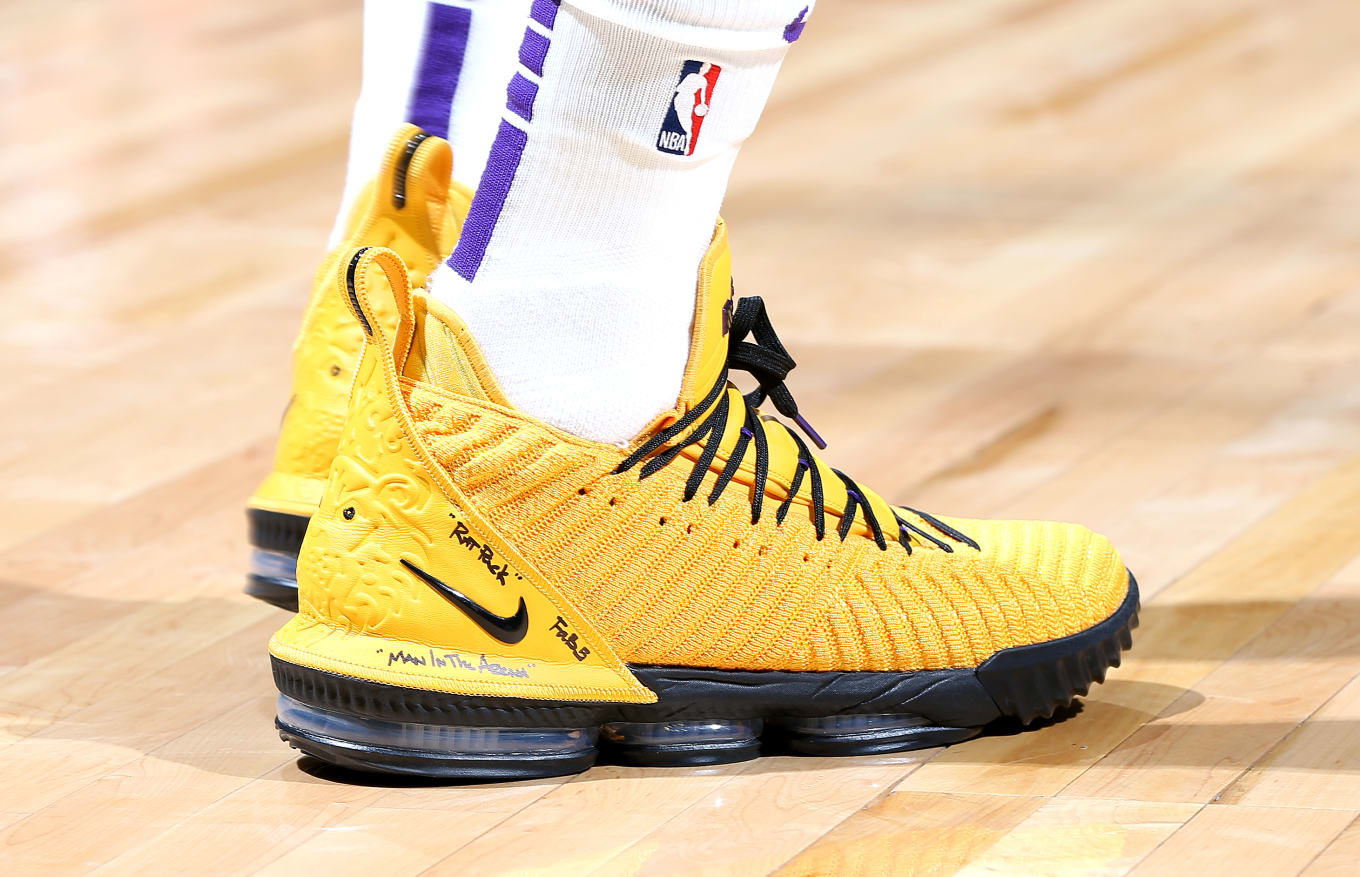 Solewatch Lebron James Debuts Yellow Nike Lebron 16 Sole Collector