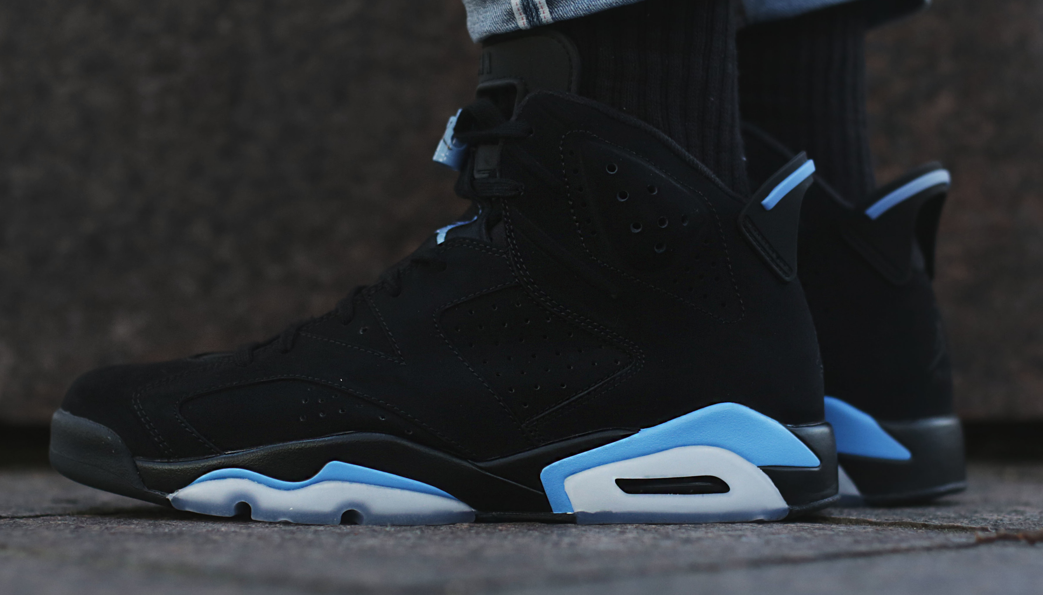 00f3c6bc8929 UNC  Air Jordan 6 Black University Blue 384664-006 Release Date ...