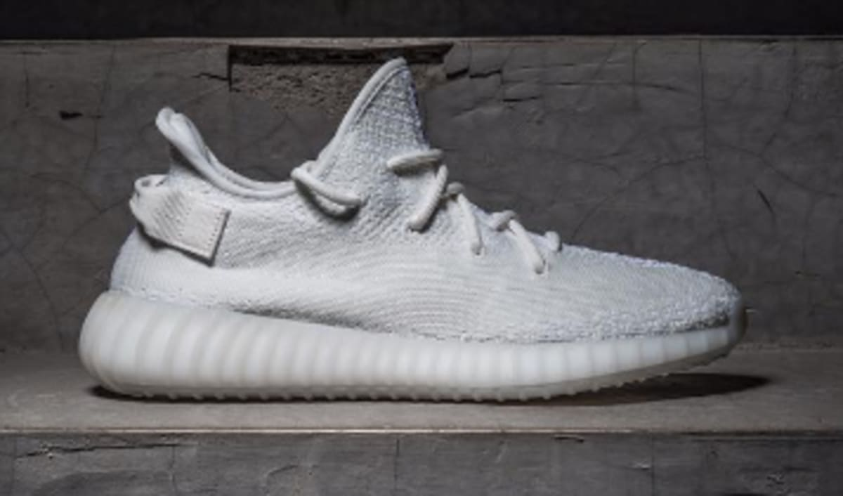 "West End Auto >> Adidas Yeezy Boost 350 V2 ""Triple White"" 