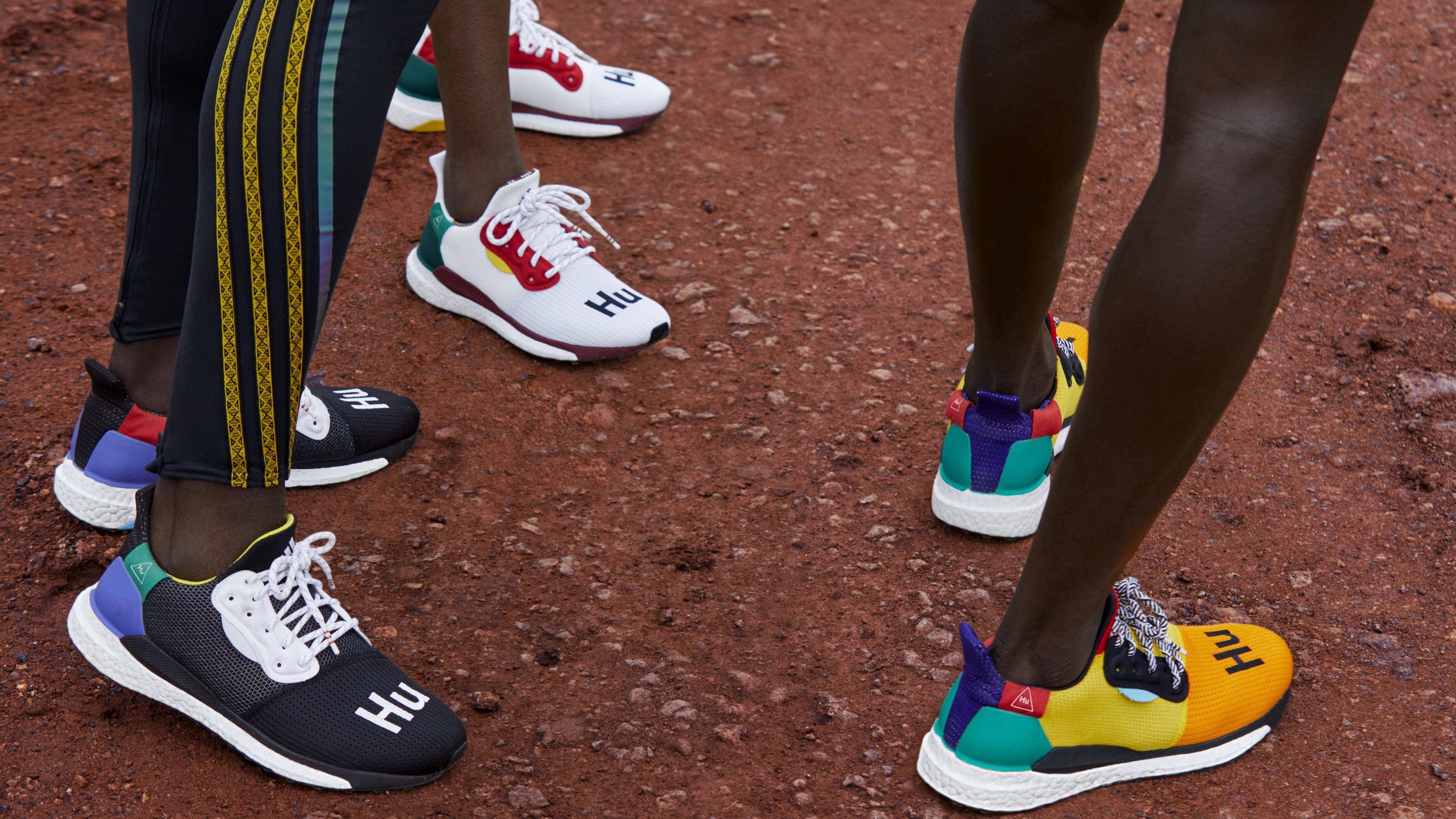 Pharrell x Adidas SOLARHU Glide ST BB8041 BB8042 BB8044