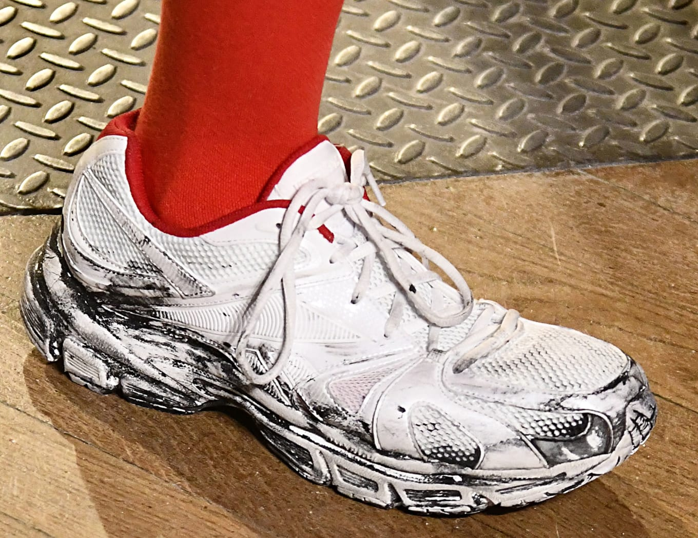 3b75830e0ce3 Vetements x Reebok Premier Running Fall Winter 2019 Release Date ...