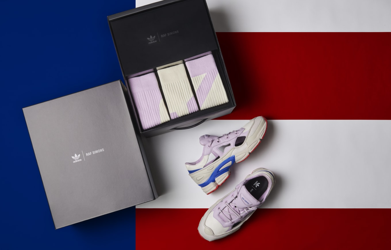 finest selection 507b0 24ca1 Raf Simons  Patriotic Ozweegos for Independence Day