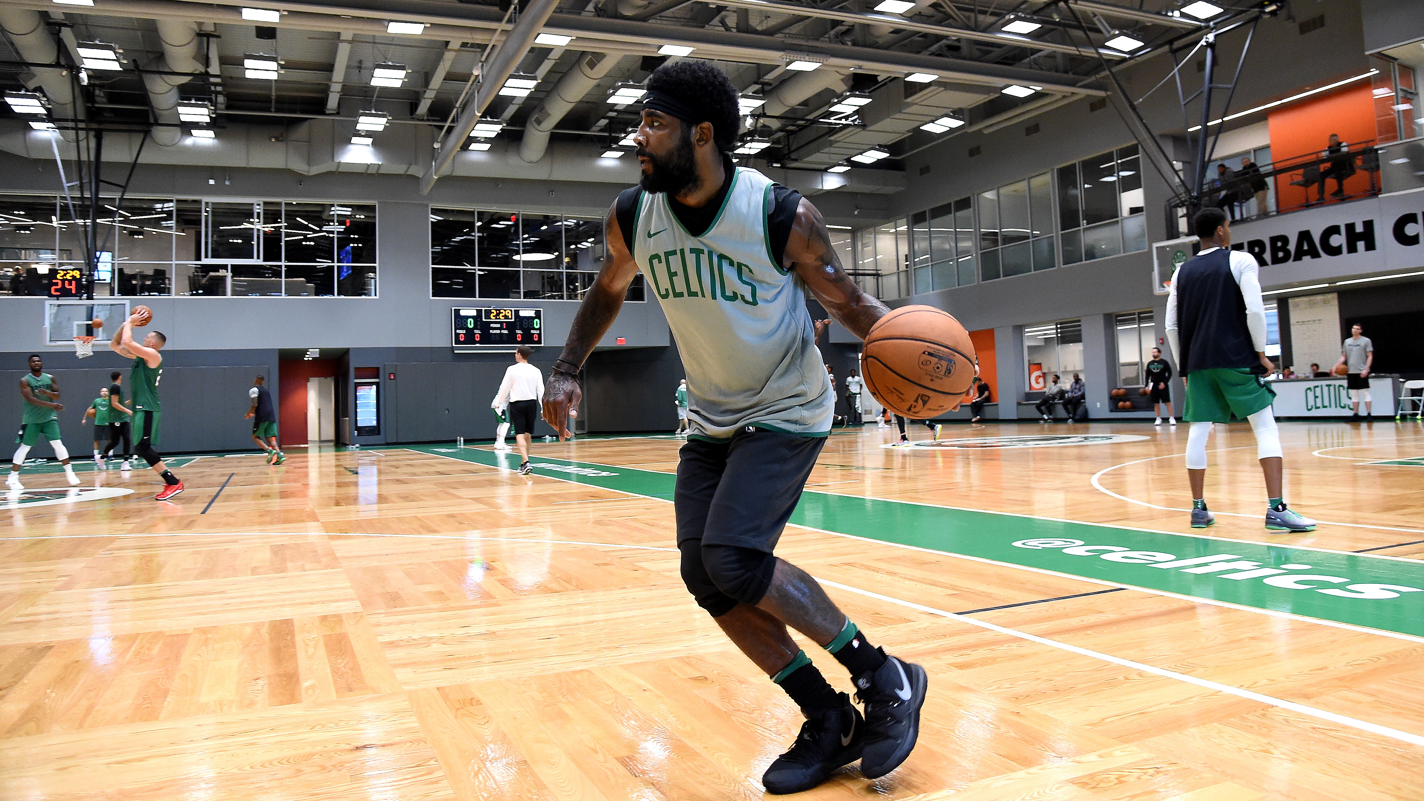 1a66d5d8f Nike Kyrie 5 Preview