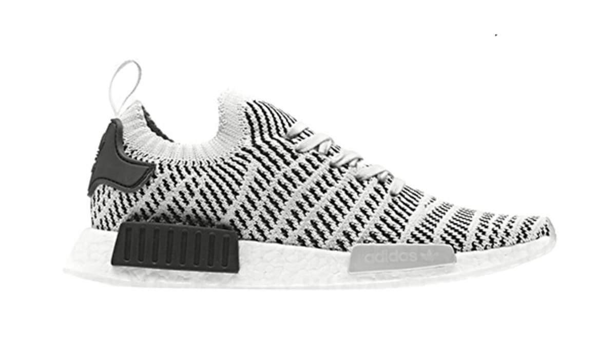 Adidas Originals NMD _R1 Black Black White Review on feet