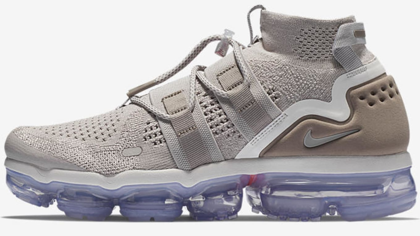 592970089553 Nike Air VaporMax Utility  Moon Particle Persian Violet