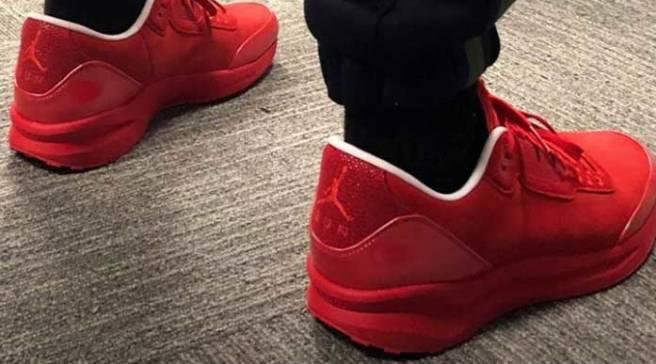 48a79536523 Justin Timberlake Debuts New 'Legends of the Summer' Jordans