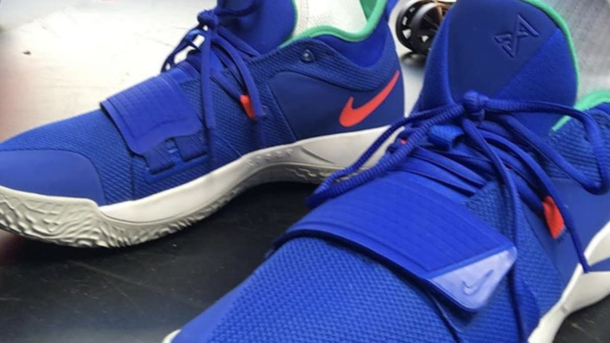 e159631611e5 Paul George Debuts the Nike PG 2.5 Sneakers at Fortnite ProAm