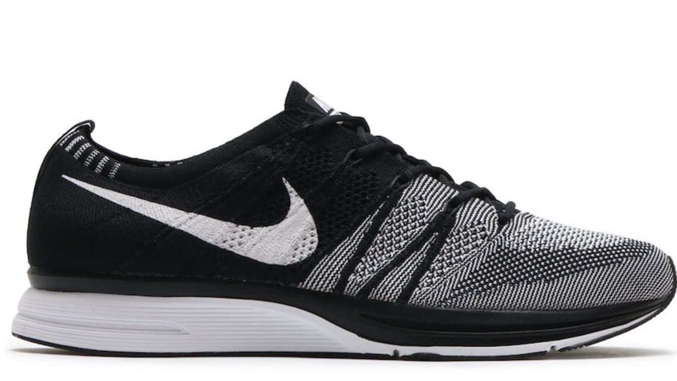 ad8f243ee851 Nike Flyknit Trainer
