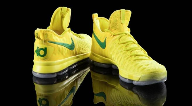 half off e063c efb29 There s No Missing Oregon s Latest Nike KD 9 PE