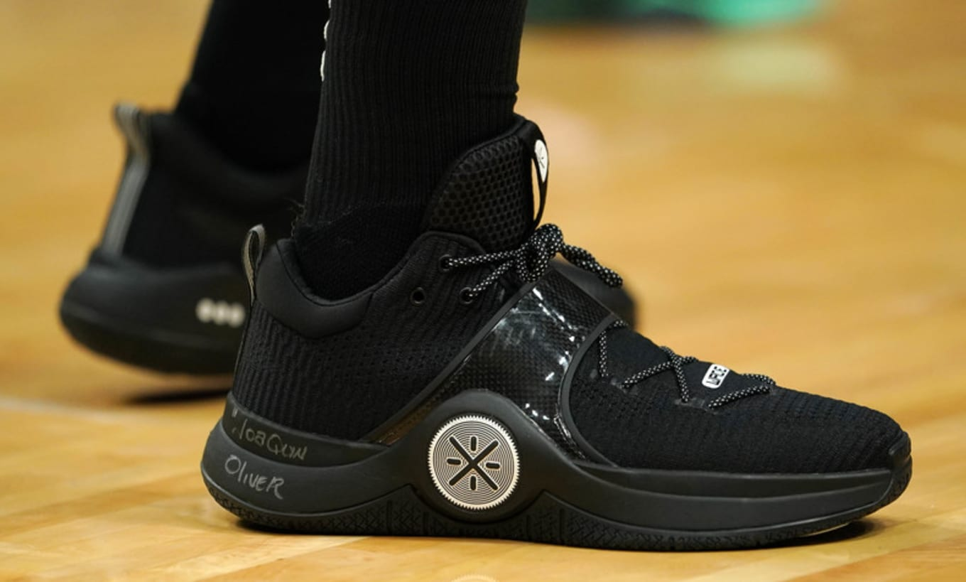 Dwyane Wade Honors Parkland Shooting Victim With These Way