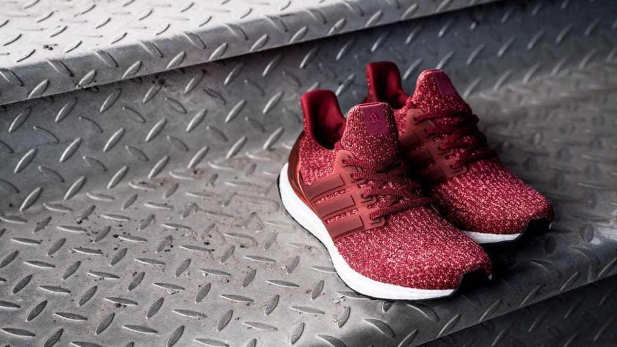 buy popular 39b10 4daf9 ... Adidas Ultra Boost 3.0 Burgundy Sole Collector ...