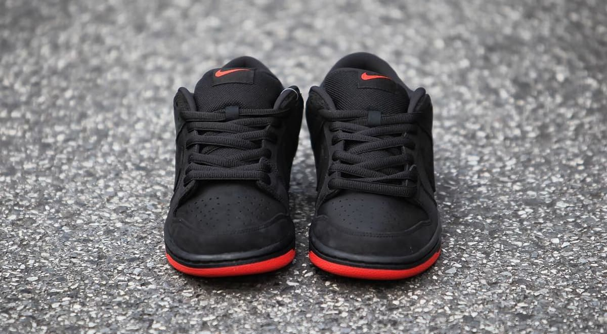 uk availability 362a8 7e000 Hiroshi Fujiwara Has One-Of-One Staple x Nike 'Black Pigeon' Dunk Lows |  Sole Collector