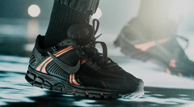 Drake Debuts a New Nike Zoom Vomero 5 Colorway on Stage in Paris f93b1a86d9f6