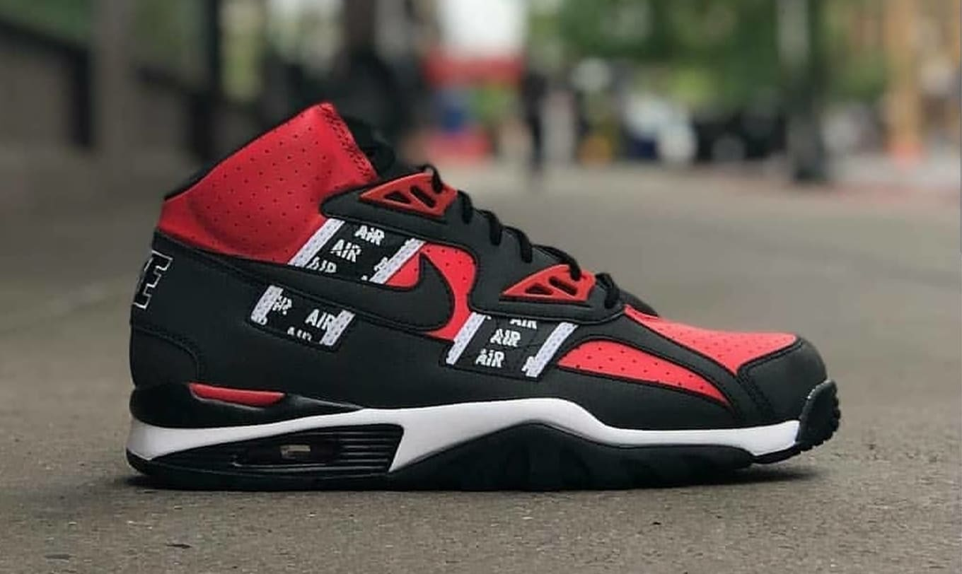 finest selection bb0b0 ee03b Nike Air Trainer SC High SOA Speed Red Black-White