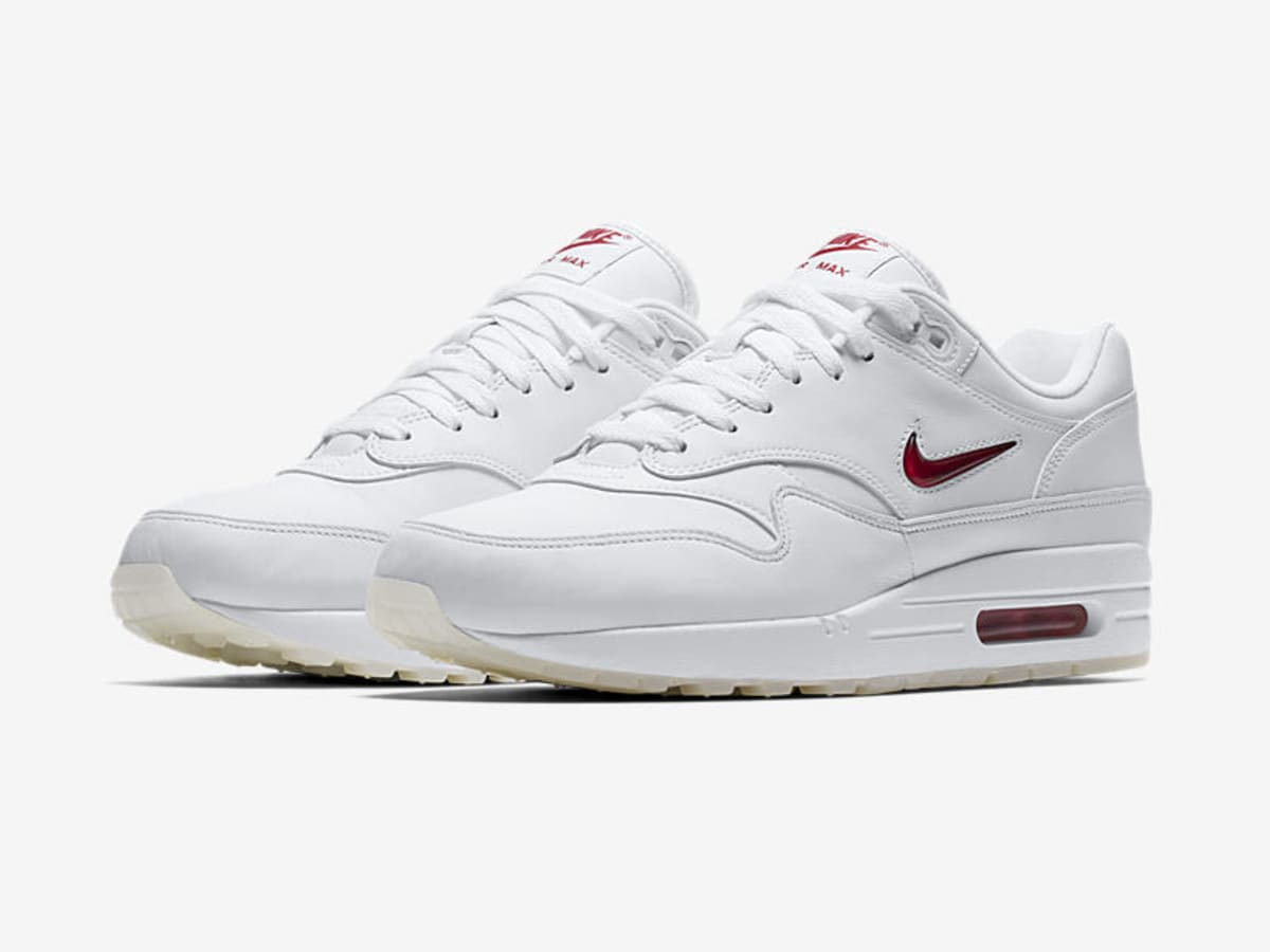 nike air max 1 premium jewel swoosh release date sole collector. Black Bedroom Furniture Sets. Home Design Ideas
