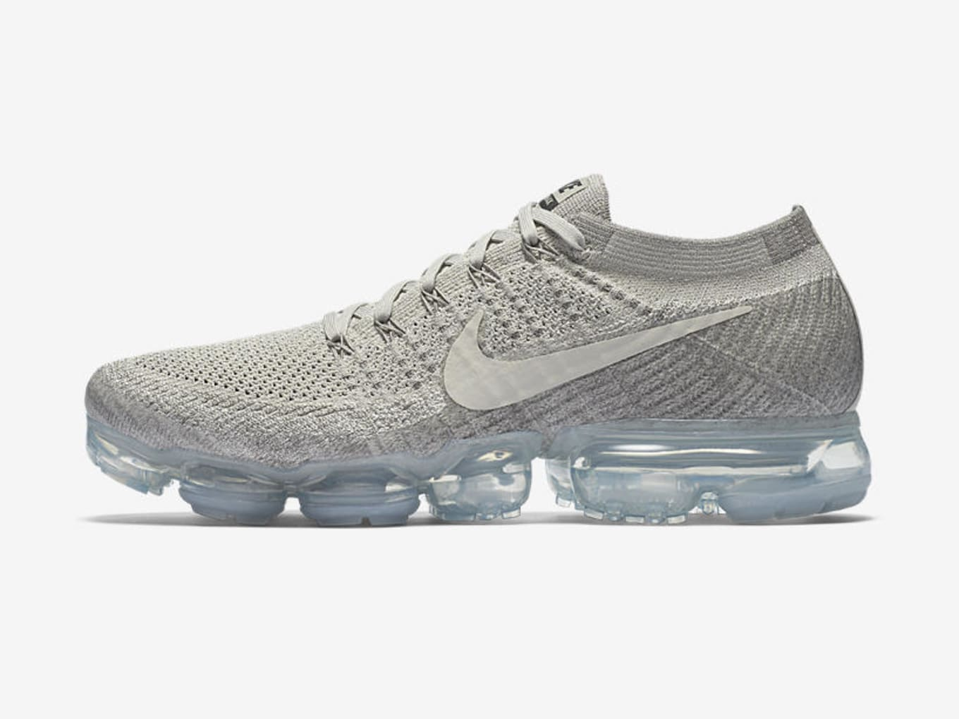 d45517b4808 nike air vapormax pale grey