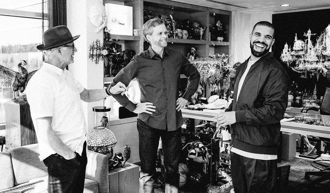 Melancolía Enmarañarse Expansión  Drake Met with Tinker Hatfield and Mark Parker at Nike Headquarters | Sole  Collector