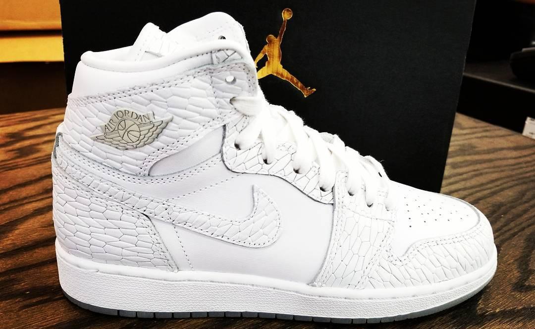 Air Jordan 11 High Heiress Frost White Shoes
