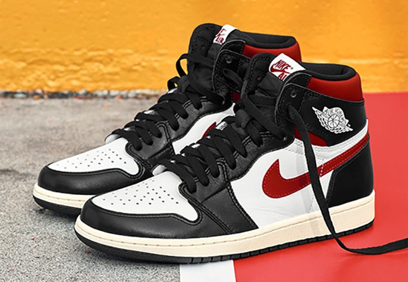hot sales 527ea 2ef5d Air Jordan 1 Retro High OG Black White-Sail-Gym Red