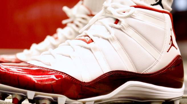 92db5728f0d2 Exclusive Air Jordan 11s for Oklahoma Football