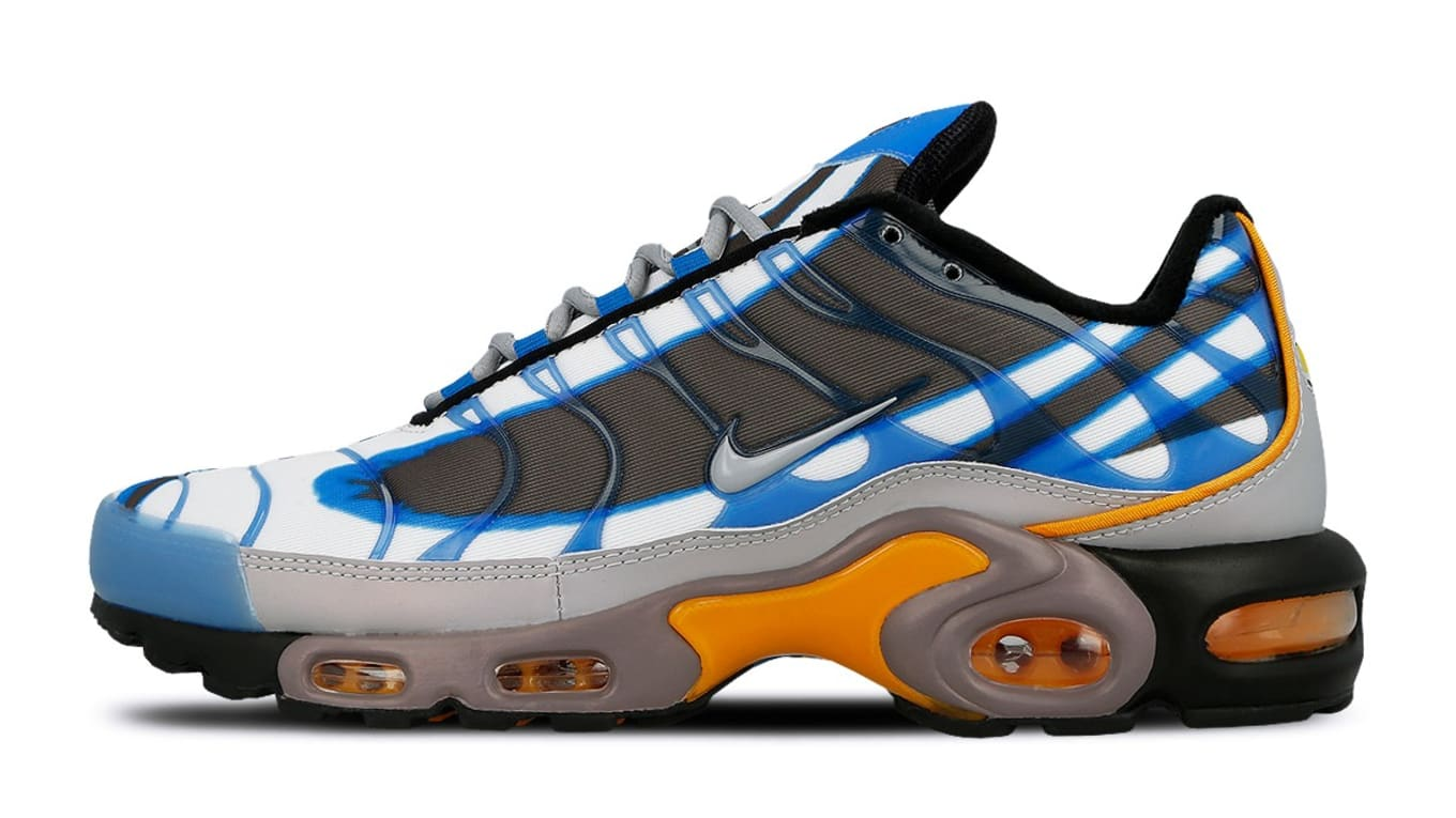 4b0d2b0d78fbf2 ... OG Air Max Deluxe. Fusing two cult favorites from the late  90s.
